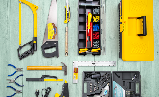 DIY: O que é preciso ter para construir os próprios móveis e objetos de decoração